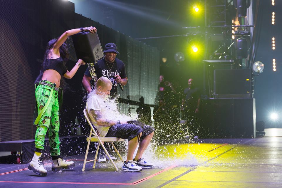 Eminem, Rihanna, The Monster Tour, ALS Bucket Challenge