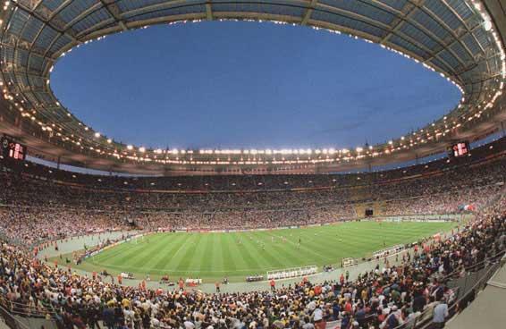 Eminem concerto allo Stade de France: Annunci dei fans