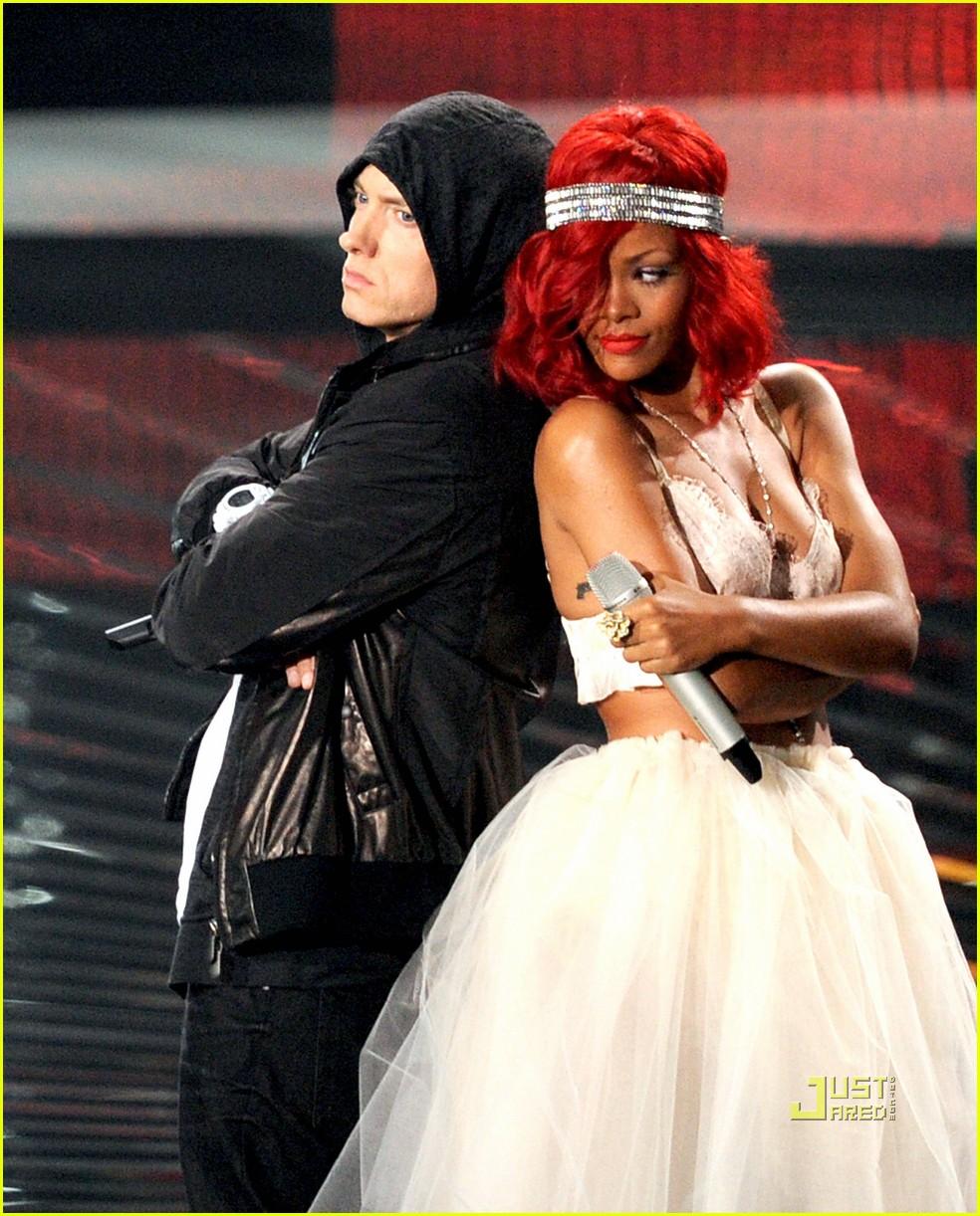 Rihanna, Eminem, Love The Way You LIe