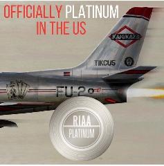 Kamikaze di Eminem riceve la certificazione PLATINO negli Stati Uniti