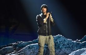 Eminem, Revival, performance a BBC Radio 1
