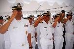 La Marina Americana intona Lose Yourself durante cerimonia